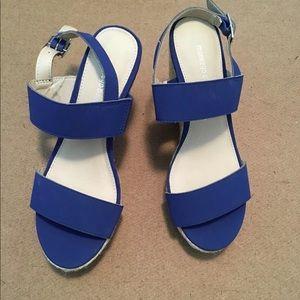 Montgomery Bay Club Women's Blue Sandals 7.5 NEW